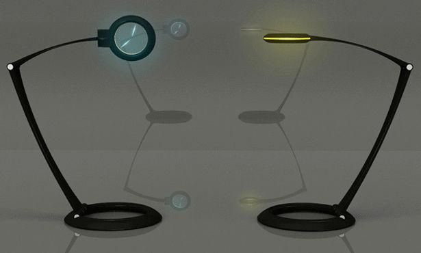 ساعة ومصباح في آن واحد