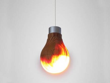 اختراع مصباح من الخشب